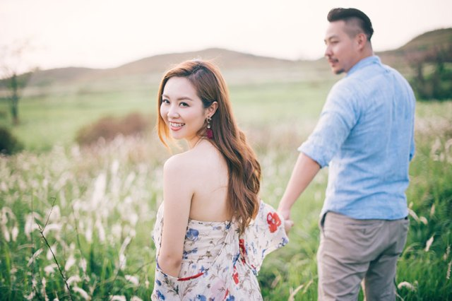 victor-lui-photography-hong-kong-engagement-pre-wedding-meadows-fields-025