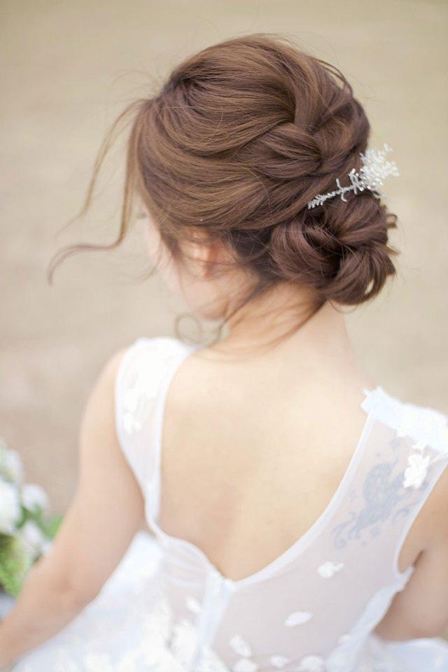 classic and elegant updos   hong kong wedding blog