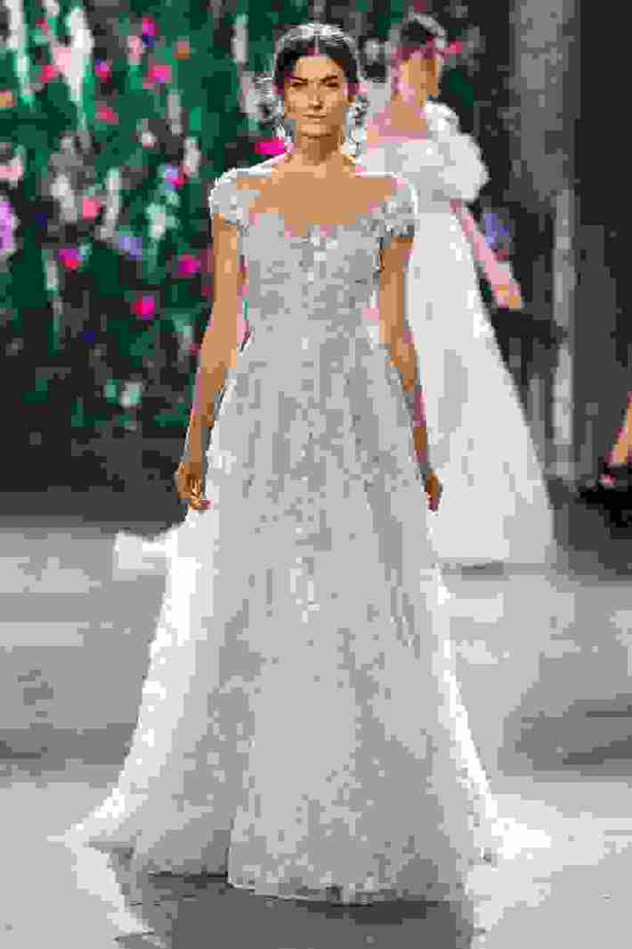 de30631fb9e2 New York Bridal Fashion Week  Galia Lahav Φθινόπωρο 2018 - Bride Diaries