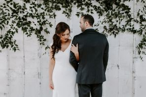Less Is More: Best Wedding Outfits For A Minimalistic Bride
