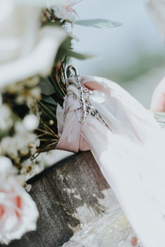 A Rustic Wedding at Oaktree Of Peover (c) Bobtale Photography (15)