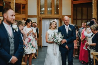A Rustic Wedding at Oaktree Of Peover (c) Bobtale Photography (31)