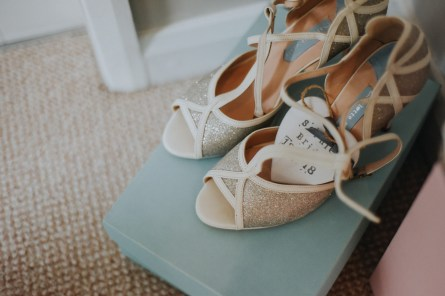 A Rustic Wedding at Oaktree Of Peover (c) Bobtale Photography (5)