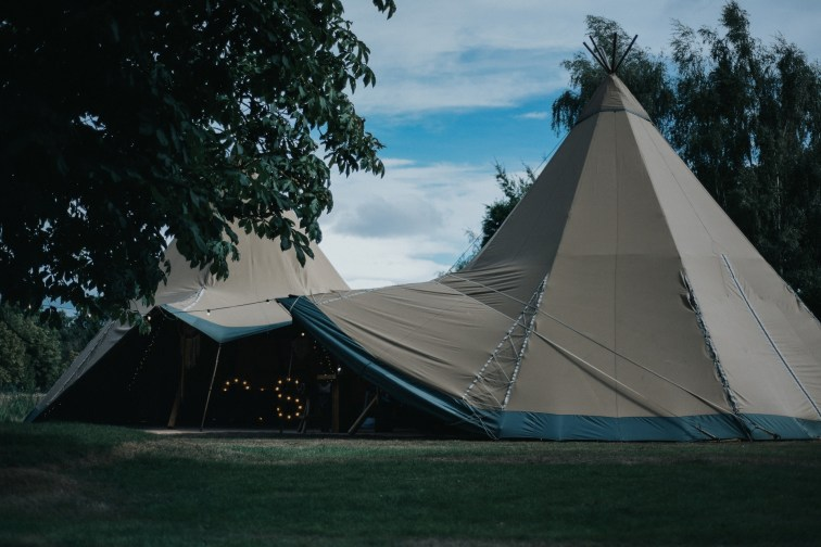 A Rustic Wedding at Oaktree Of Peover (c) Bobtale Photography (70)