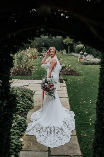 A Styled Bridal Shoot at Gawsworth Hall (c) Jenny Appleton (24)