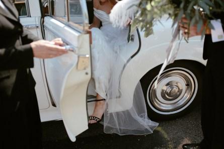 A Stylish Wedding at Hazel Gap Barn (c) Ruth Atkinson (12)