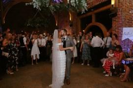 A Stylish Wedding at Hazel Gap Barn (c) Ruth Atkinson (83)