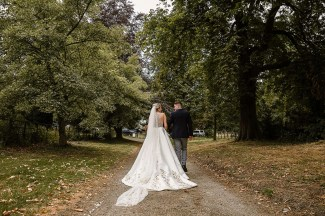 A Classic Wedding at Hazelwood Castle (c) Hayley Baxter Photography (25)