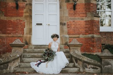 A Styled Bridal Shoot at Healing Manor (c) Holly Bryan Photography (24)