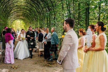 A Stylish Wedding at Alnwick Garden (c) Michal Ufniak (38)