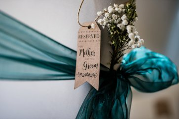 A Winter Wedding at The Millhouse (c) Kazooieloki Photography (16)