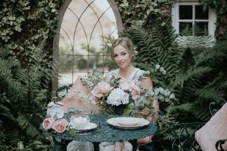 An Alice In Wonderland Styled Shoot at Crook Hall (c) Hannah Joy Photography (4)