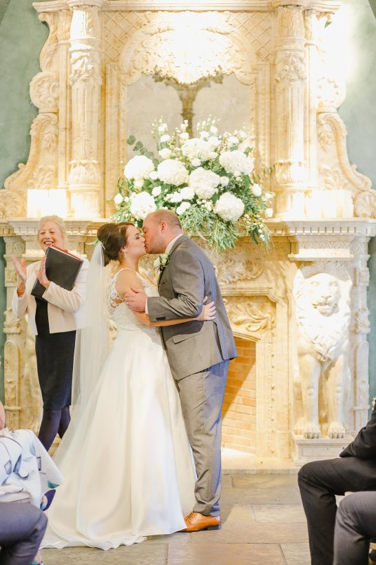 Stella York for a Romantic Wedding at Le Petit Chateau (c) Helen Russell Photography (18)