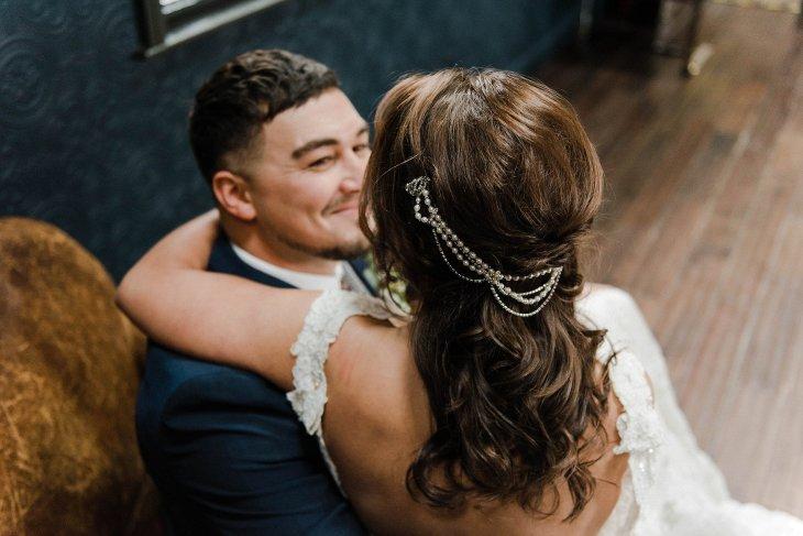 A Cool Styled Bridal Shoot at The Chimney House (c) Folega Photography (21)