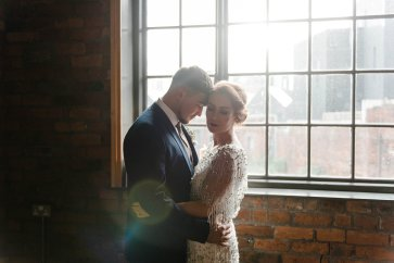 A Cool Styled Bridal Shoot at The Chimney House (c) Folega Photography (38)