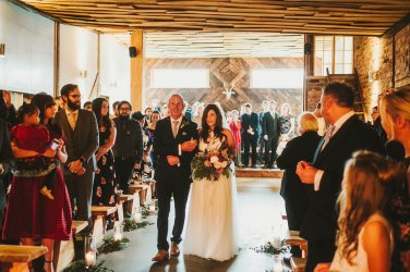 A Rustic Wedding at Owen House (c) Kate McCarthy (17)