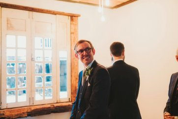 A Rustic Wedding at Owen House (c) Kate McCarthy (18)