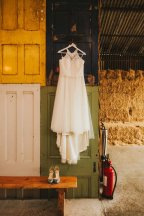 A Rustic Wedding at Owen House (c) Kate McCarthy (4)
