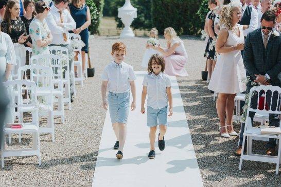 A Summer Wedding at Wood Hall Hotel (c) Laura Calderwood & Lissa Alexandra (16)