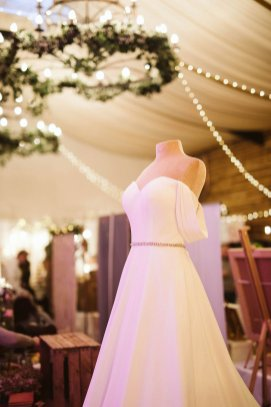 Brides Up North x Hornington Manor (c) Freya Raby (22)
