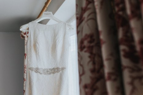 Pronovias for a Summer Wedding in Yorkshire (c) Laura Calderwood and Jamie Sia (2)