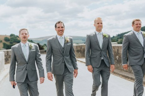 Pronovias for a Summer Wedding in Yorkshire (c) Laura Calderwood and Jamie Sia (5)