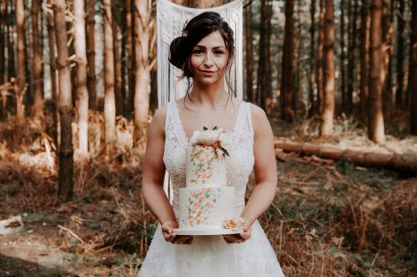 Wild styled bridal shoot (c) The Malyn Edit (25)