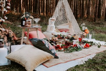 Wild styled bridal shoot (c) The Malyn Edit (29)