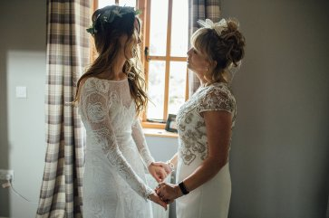 A Boho Wedding in The Peak District (c) Ellie Grace Photography (28)
