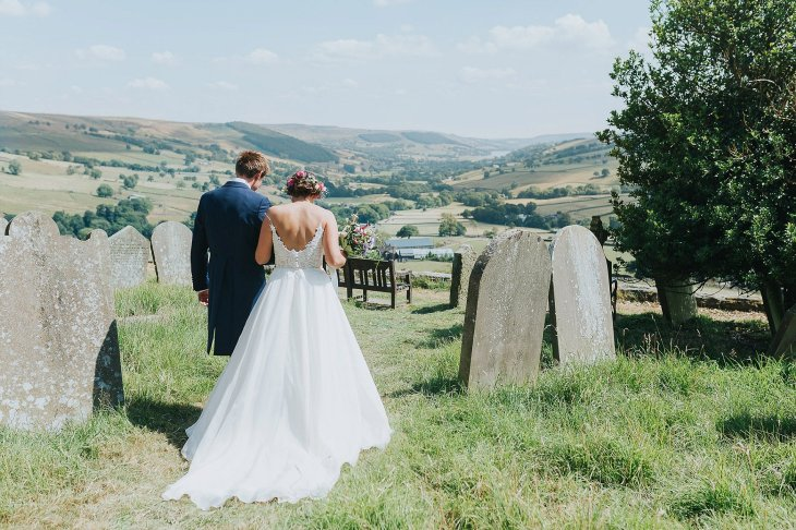 A Stylish Wedding in Yorkshire (c) Laura Calderwood Photography (32)
