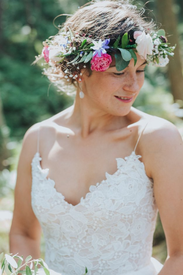A Stylish Wedding in Yorkshire (c) Laura Calderwood Photography (41)
