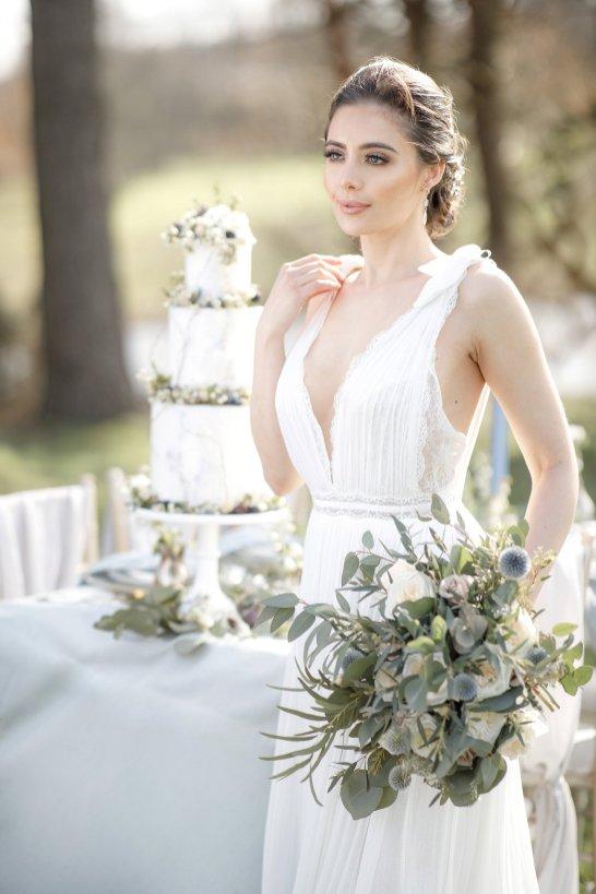 An Elegant Styled Bridal Shoot at Delamere Manor (c) Zehra Jagani (33)