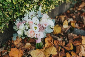 A Chic Wedding at Holdsworth House (c) Laura Calderwood (3)