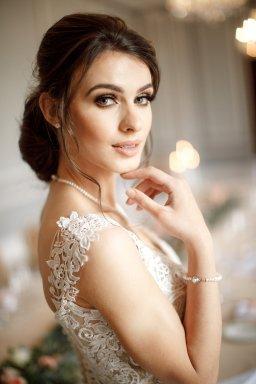 A Romantic Bridal Shoot in Manchester (c) Zehra Jagani (33)
