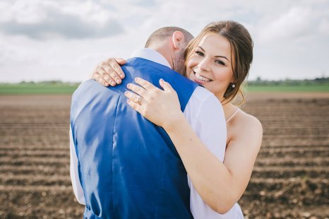 A Rustic Wedding at Barmbyfield Barns (c) Amy Jordison Photography (45)