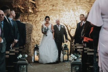 A Rustic Wedding at Doxford Barns (c) Chocolate Chip Photography (23)