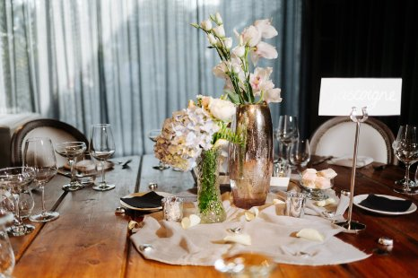A Spring Wedding at Le Petit Chateau (c) Forget Me Knot Weddings (39)