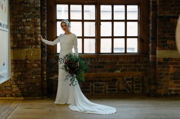 An Urban Styled Bridal Shoot at The Biscuit Factory (c) Dan McCourt (23)