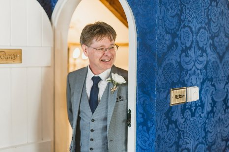 An Elegant Wedding at Woodhill Hall (c) Amy Lou Photography (19)