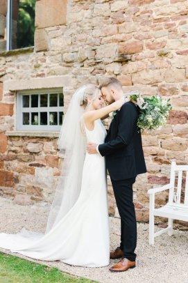 A Romantic Wedding at Eden Barn (c) Emma Pilkington (65)