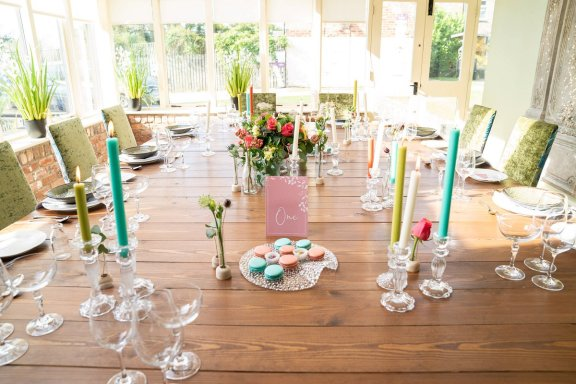 A Botanical Styled Shoot at The Manor Rooms (c) Stewart Barker (8)