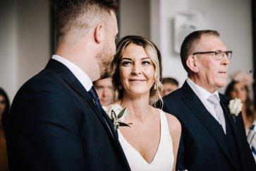 A Pretty Wedding at Holmfirth Vineyard (c) Glix Photography (11)