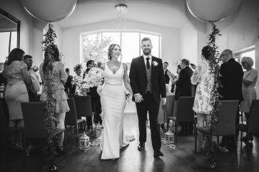 A Pretty Wedding at Holmfirth Vineyard (c) Glix Photography (30)