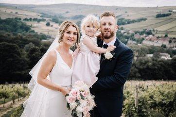 A Pretty Wedding at Holmfirth Vineyard (c) Glix Photography (33)