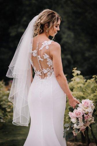 A Pretty Wedding at Holmfirth Vineyard (c) Glix Photography (35)