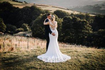 A Pretty Wedding at Holmfirth Vineyard (c) Glix Photography (63)