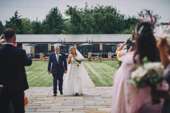 A Rustic Summer Wedding at Villa Farm (c) Bethany Clarke (29)