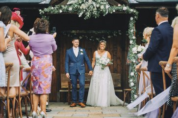 A Rustic Summer Wedding at Villa Farm (c) Bethany Clarke (40)