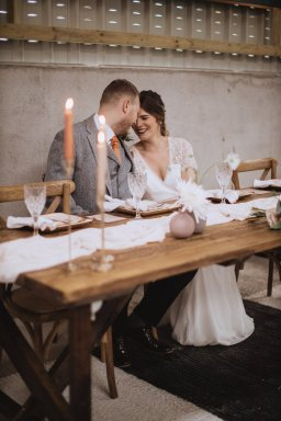 A Rustic Styled Shoot at Ystrad Farm (c) Fox & Bear Photography (22)