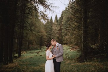 A Rustic Styled Shoot at Ystrad Farm (c) Fox & Bear Photography (31)